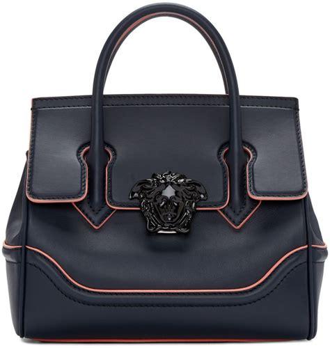 Versace Medium Mirror Purse by Best 25 Versace Bag Ideas On Versace Handbags