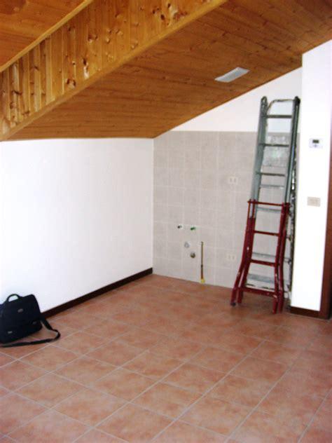 insonorizzare il soffitto insonorizzazione soffitto legno a vista di mansarda 43m2