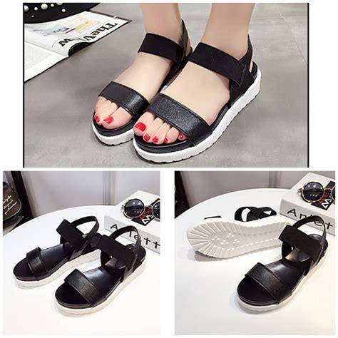 Sepatu High Heels Wanita 5cm Uc03 jual shw810 black sepatu wedges cantik wanita 4 5cm