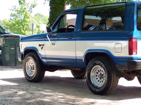 1983 Ford Bronco by 1983 Ford Bronco Information And Photos Momentcar