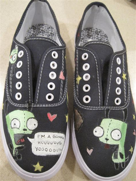 gir slippers clothing on nightmare before
