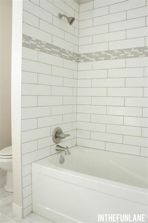 how to tile bathtub 25 best ideas about tile tub surround on pinterest