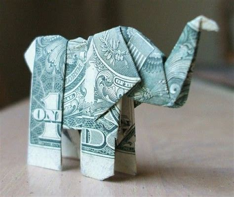 How To Do Money Origami - 25 best ideas about money origami on folding