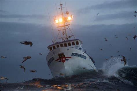 deadliest catch season finale 2015 season finale of deadliest catch airing tuesday aug 18