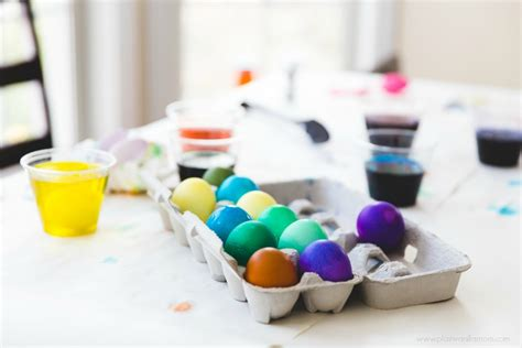 dying easter eggs with food coloring how to dye easter eggs with food coloring plain vanilla