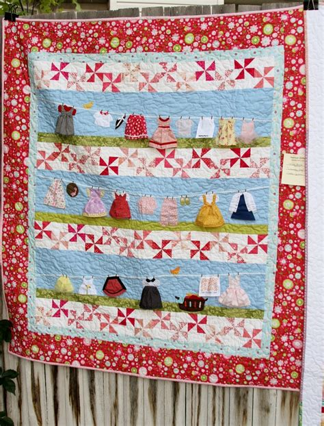 quilt pattern with baby clothes cute clothesline quilt this would be cute with scraps