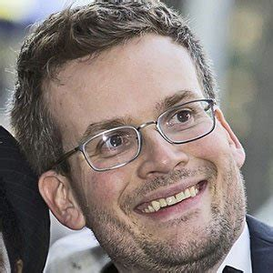 biography of john green john green bio facts family famous birthdays