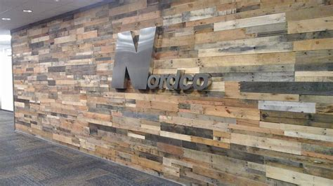 Sustainable Lumber Co. Wood Wall Panels   Reclaimed Pallet