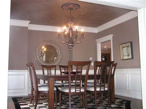 creating the illusion of space with ceiling color dining