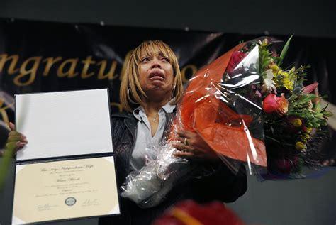 Mario Woods Criminal Record Mario Woods Given Posthumous Diploma After Sfpd Shooting Sfgate