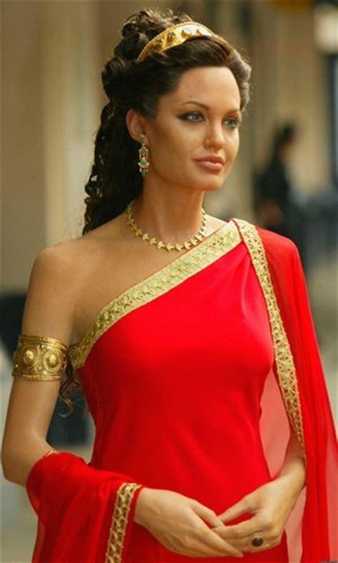 cleopatra biography in hindi brangelina angelina jolie and brad pitt october 2010