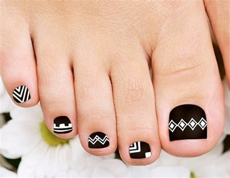 aztec pattern nail art 35 easy toe nail designs that are totally worth your time