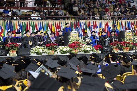 Uw Milwaukee Mba by Uwm S Newest Graduates Celebrate Uwm Report