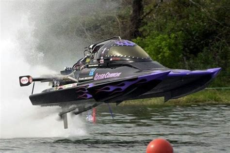 jet boat drag racing incredible shot of the quot loose cannon quot top fuel drag hydro