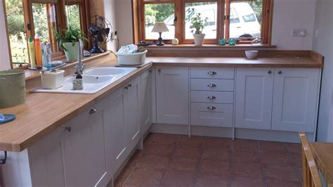 White Wood Kitchens meadows kitchens shaker wood white kitchen fitted in