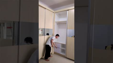 Setrika Gantung wardrobe sliding door rel gantung meja setrika lipat
