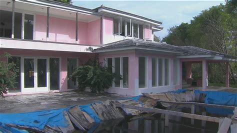 the local house miami local 10 news tours pablo escobar s former miami beach home