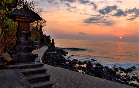 Bahu Bolong pura batu bolong the quot tanahlot quot of lombok island tourism lombok island