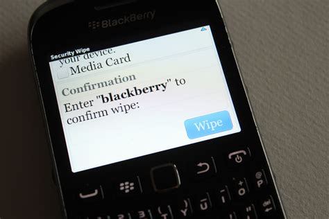 reset blackberry enterprise server keystore password how to wipe a blackberry 8800 7 steps with pictures