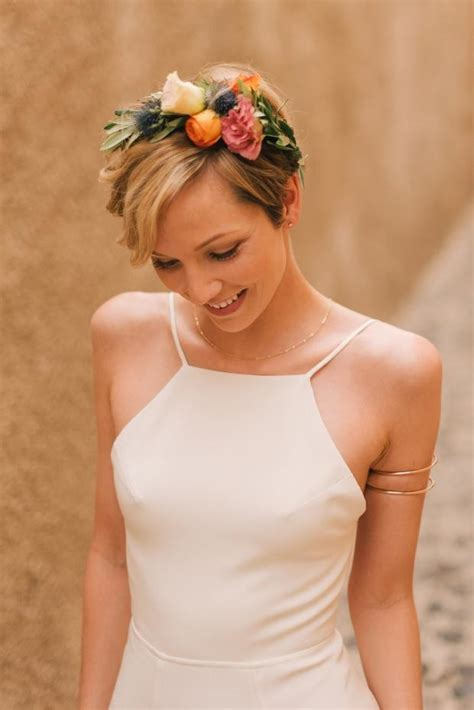 5 Sweet And Shorts Styles by The Pixie And Floral Crown And Sweet Bridal