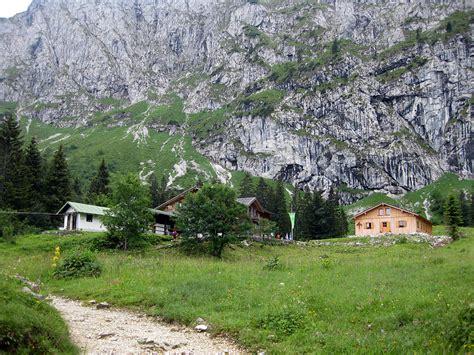 bayerische alpen hütte mieten tutzinger h 252 tte bayerische voralpen almen und h 252 tten in