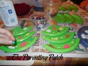 paper plate christmas tree craft parenting patch