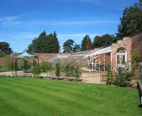walled garden beeston r woodwards painters decorators derby derbyshire