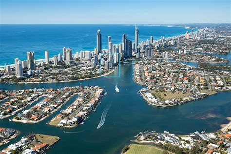holiday appartments gold coast gold coast accommodation spectrum holiday apartments
