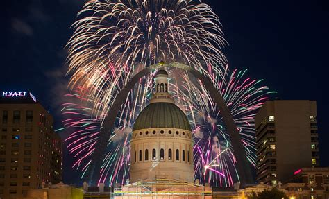 st louis mo fireworks 20 amazing fourth of july fireworks displays across