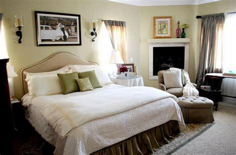 decorating master bedroom    creative