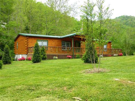 creekside cabin creekside cabin comfortable cabin