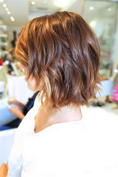 highlighting short hair hair style  color  woman