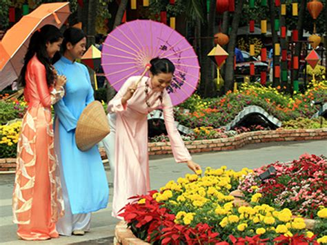 vietnamise new year tet fiestival
