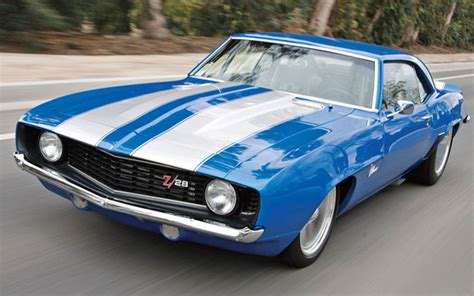 cool old cars 15 classic cars that define cool cool material