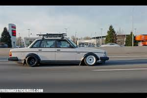 Volvo 240 Fender Theme Tuesdays Volvo 240s Stance Is Everything