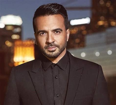 despacito youtube earnings luis fonsi net worth wife age despacito earnings