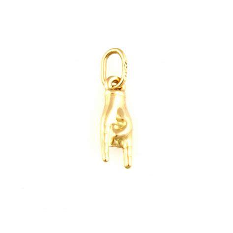 ciondoli porta fortuna ciondolo pendente portafortuna mano con corna in oro 18 kt
