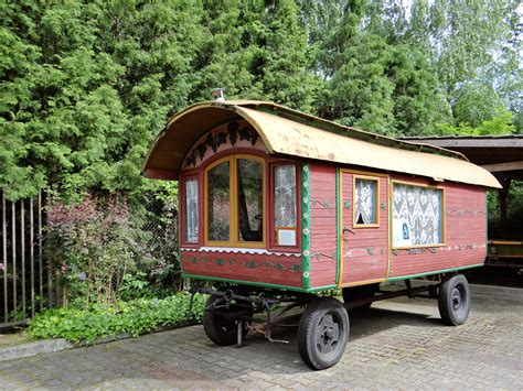 European Home Plans file 020613 gypsy wagon in the museum in pilaszk 243 w 04