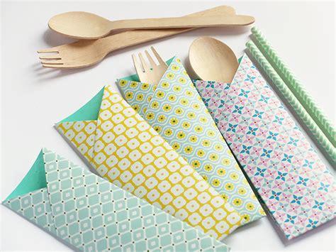 Origami Napkin Holder - bluebells design origami e picnic