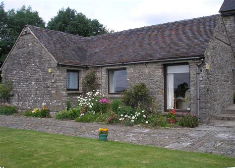 peak district cottages to rent peak district cottages self catering
