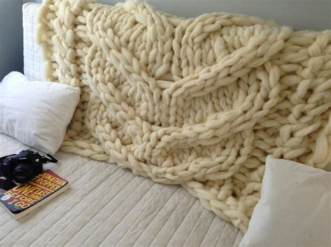 bettdecke selber stricken decke stricken strickwaren und strickmuster mit gro 223 en