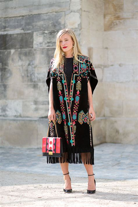 images of street style in paris in spring for women over 50 paris fashion week spring summer 15 street style report