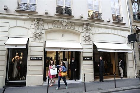 home design store paris paris ranks first as luxury shopping destination for