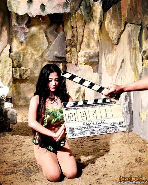 film ratu ular enny beatrice foto ratu pantai selatan