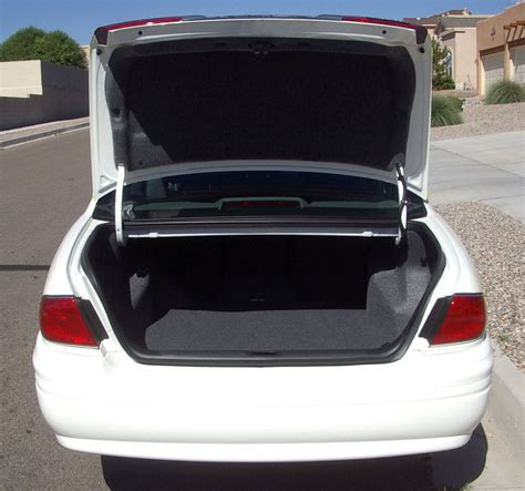 Can The Search The Trunk Of Your Car Without A Warrant 20 Roadside Emergency Items You Better Store In Your Car S Trunk The Grid News