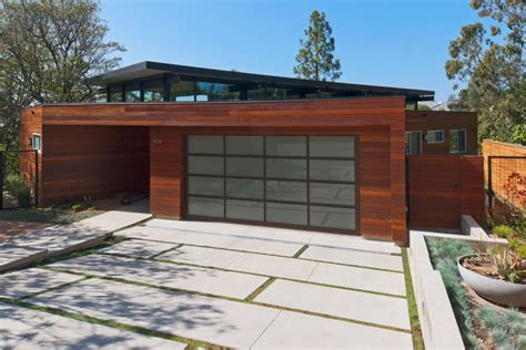 Timeless Home Design Elements by 2017 Garage Door Trends One Clear Choice Garage Doors