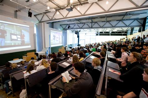 Bewerbung Hochschule Der Medien Stuttgart 1200 Sch 252 Lerinnen Und Sch 252 Ler Zu Gast Hochschule Der