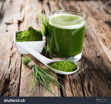 Spirulina Detox Symptoms by Barley And Chlorella Spirulina Detox Superfood