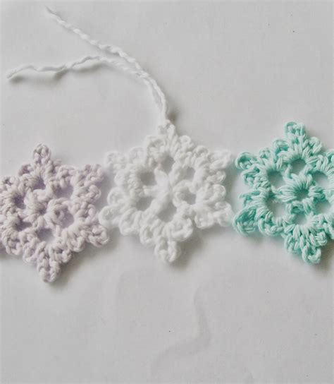 flower girl cottage easy crochet snowflake pattern