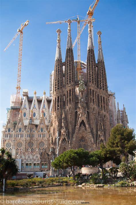 barcelona wikitravel essential barcelona tourist information tourism guide